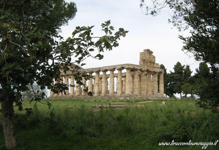 Paestum_templi_Poseidonia_Salerno