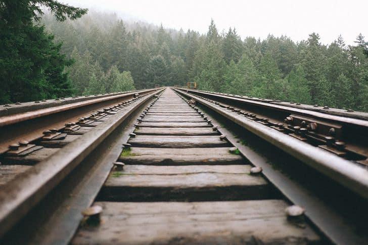 treni_trasporti_viaggiare_terapia