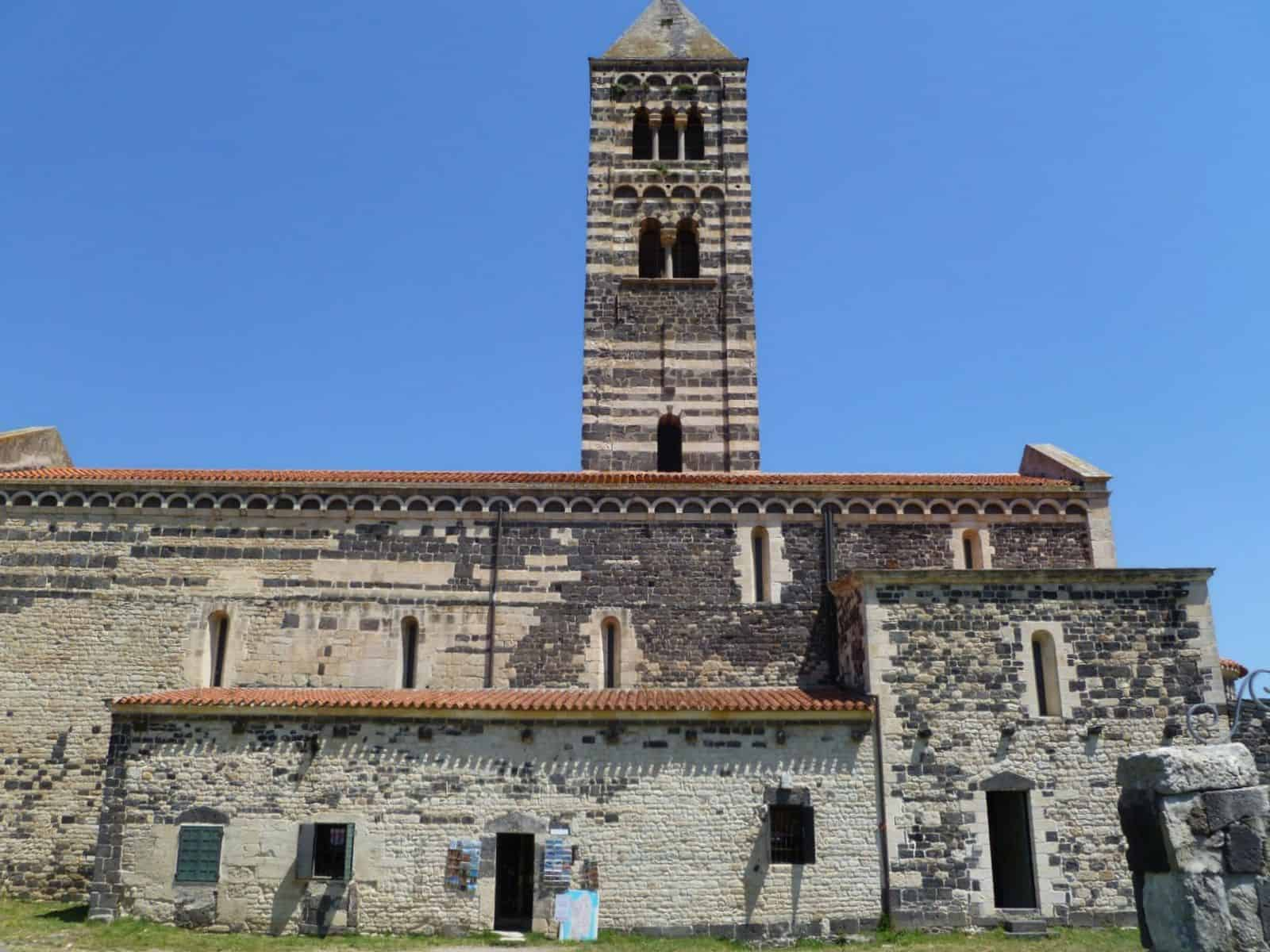 saccargia_basilica_sassari