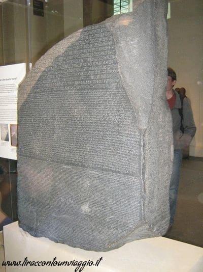 Rosetta_Stone_stele_rosetta_british_museum_londra