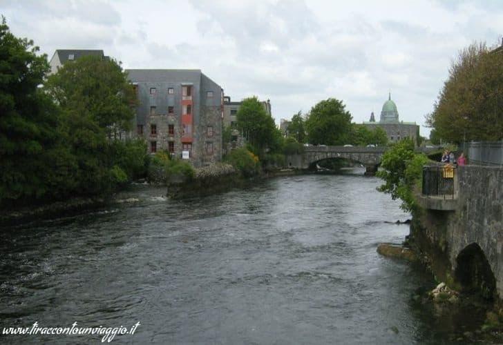 galway_bridge_street_cattedrale