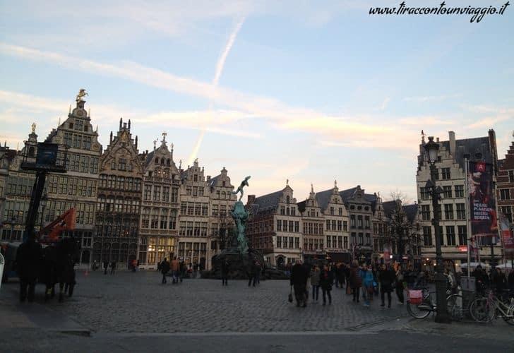 Anversa_Grote_Markt
