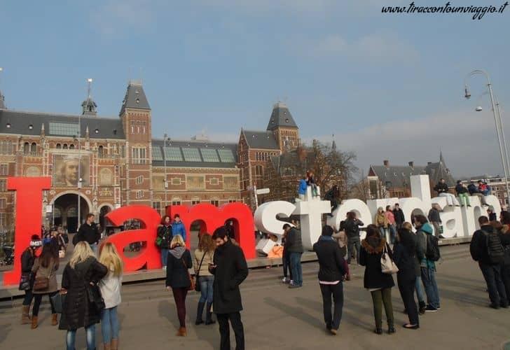 Museumplein_Amsterdam_olanda