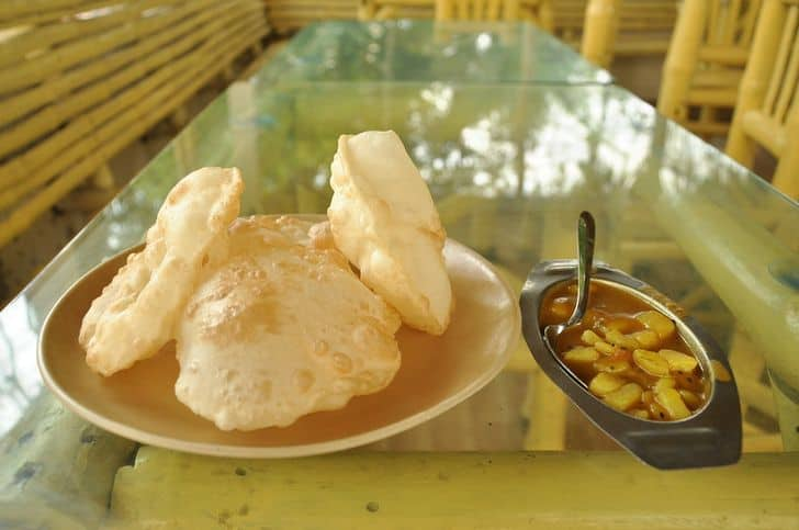 puris_cibo_locali_indiani