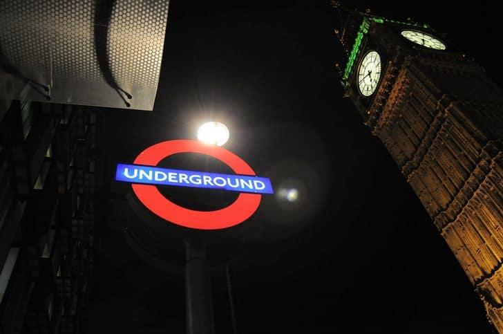 tube_londra_mezzi_trasporto_metro