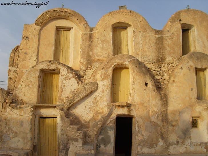 villaggi_berberi_tunisia_visitare_Medenine