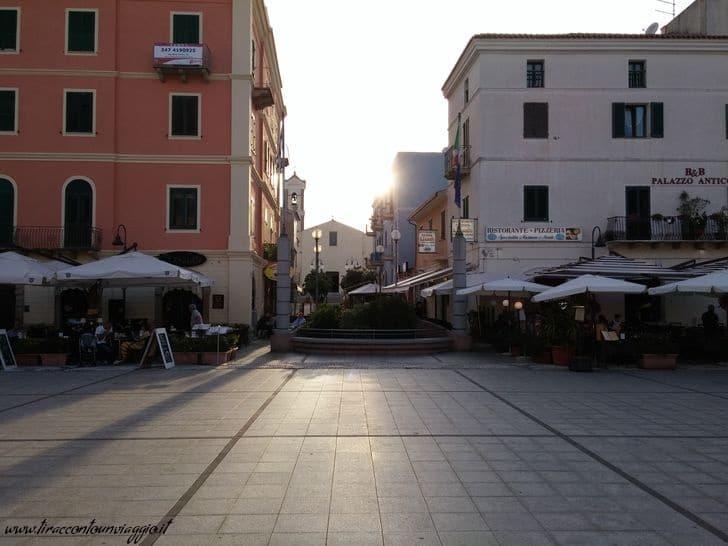 santa_teresa_gallura_piazza_sardegna
