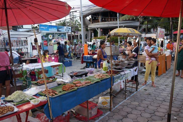 mercato_thailandese