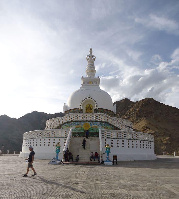 Shanti_Stupa_leh_india