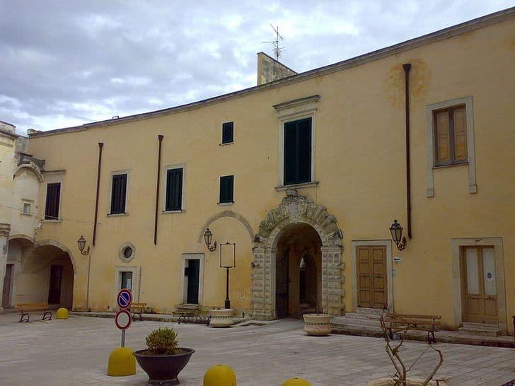 Palazzo_Marchesale_di_Arnesano
