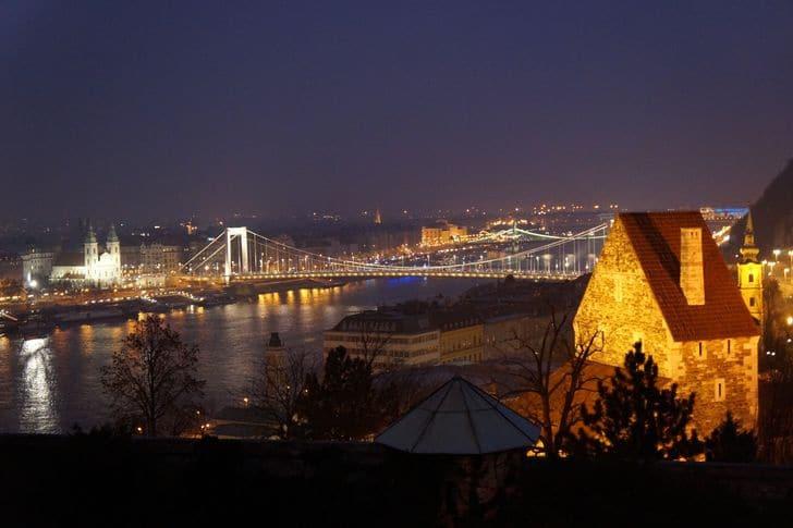 budapest_by_night_panorama_notturno