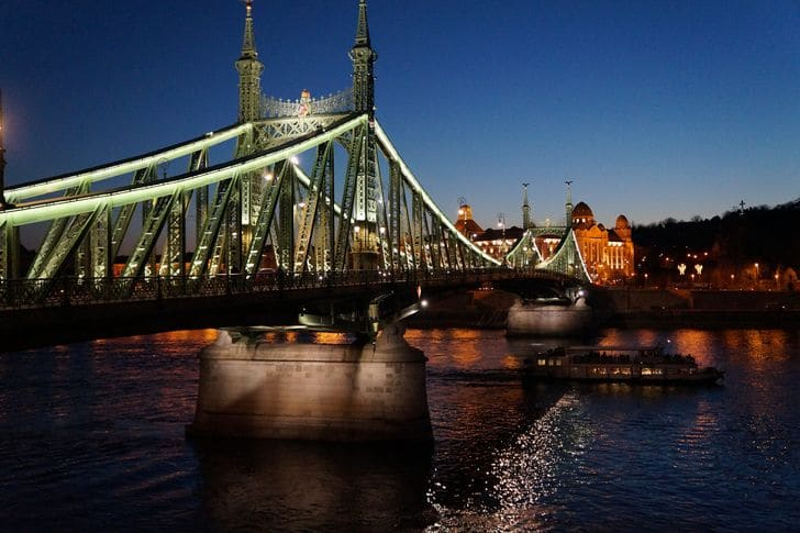 ponte_liberta_budapest_ungheria