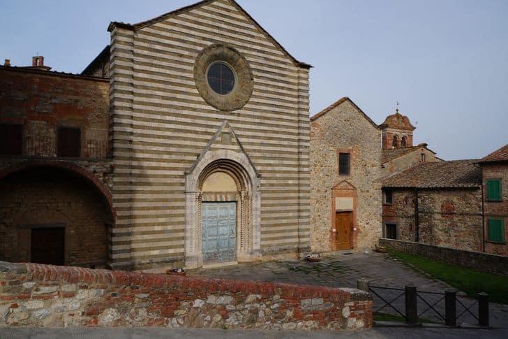 lucignano_arezzo_toscana_chiesa_san_francesco