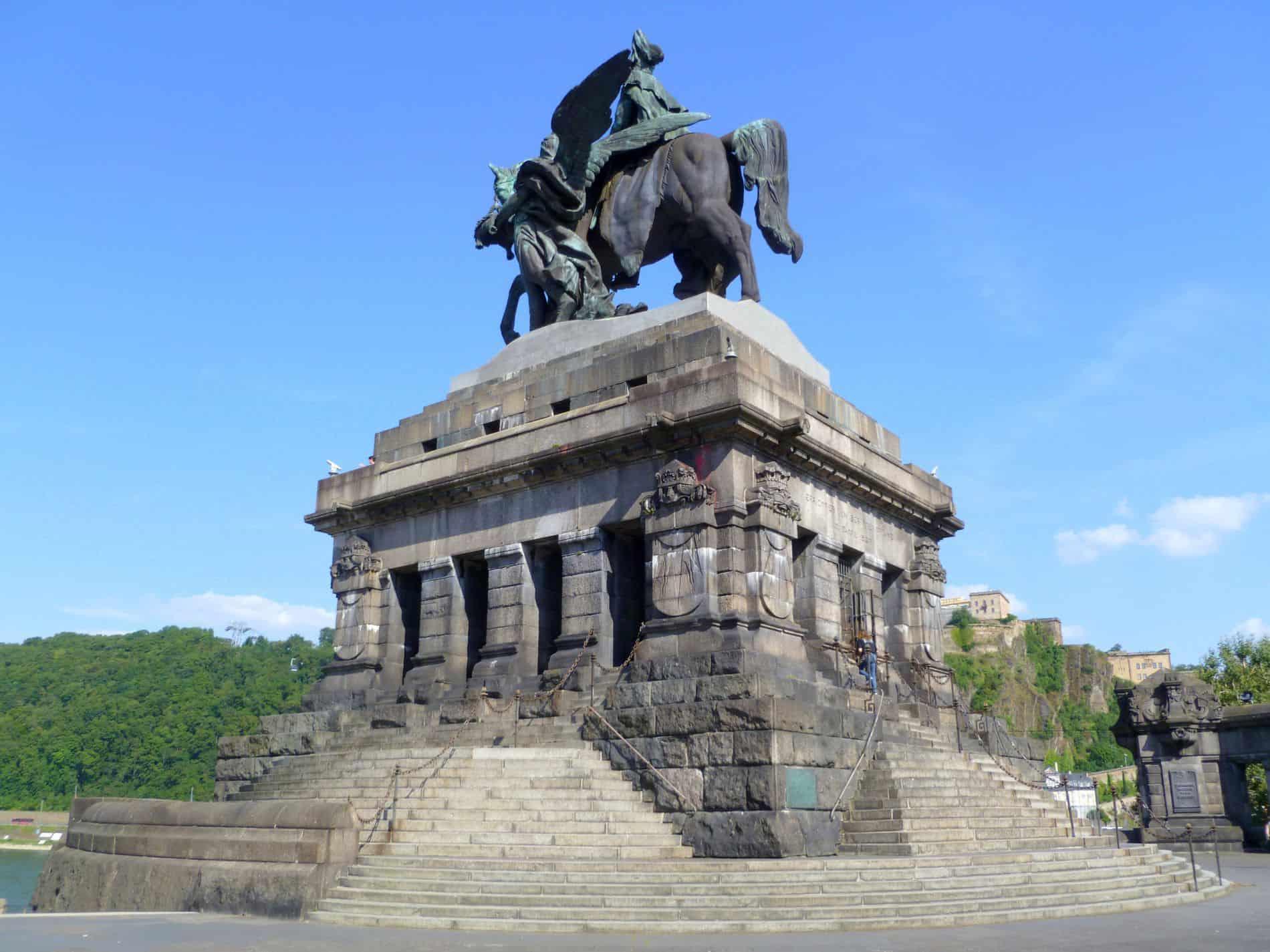 Deutsches_Eck_coblenza_statua_guglielmo_I