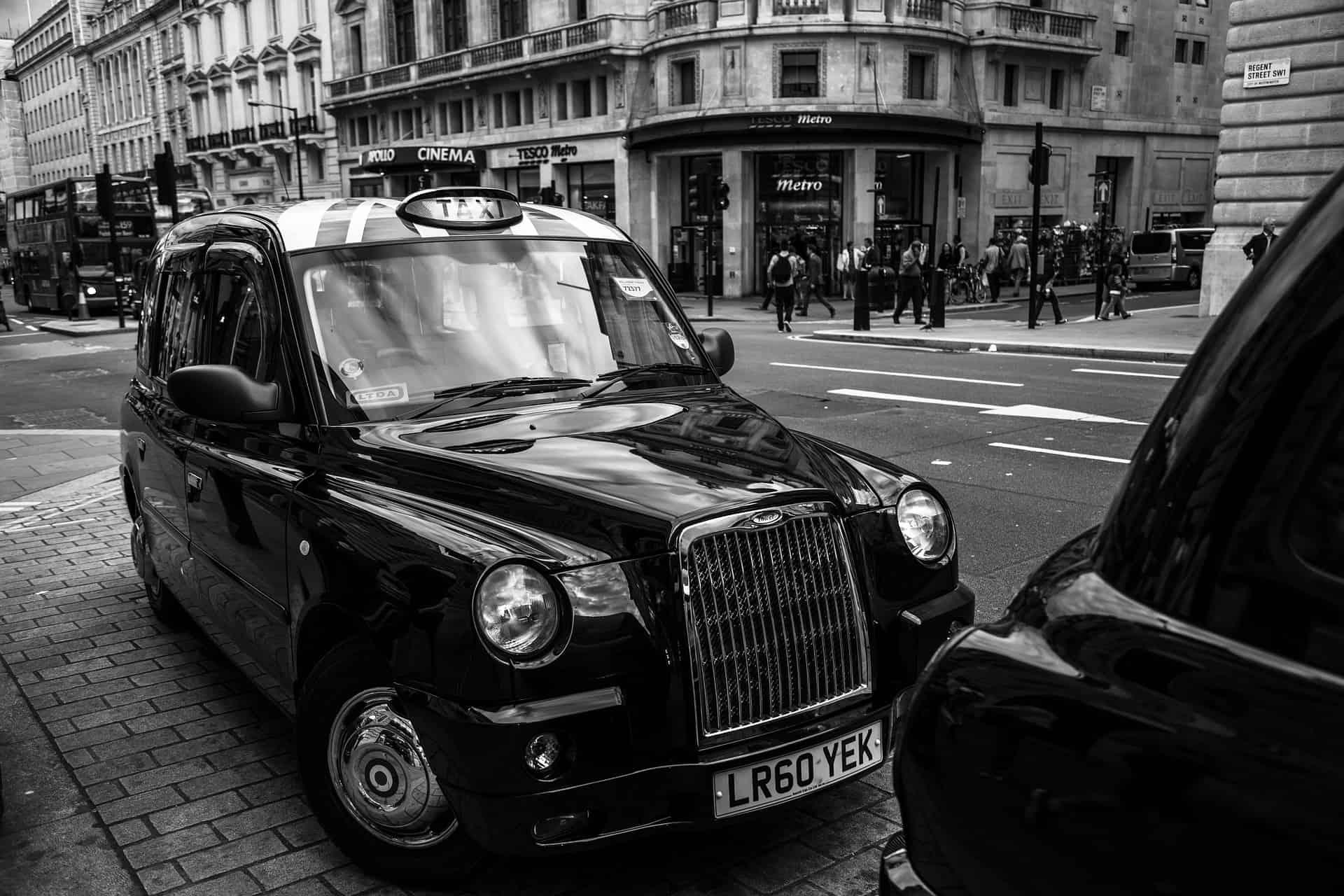 black_cab_taxi_nero_londra